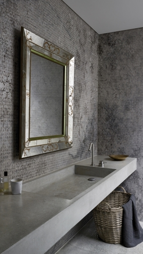 Crystal-Water by Wall and Deco