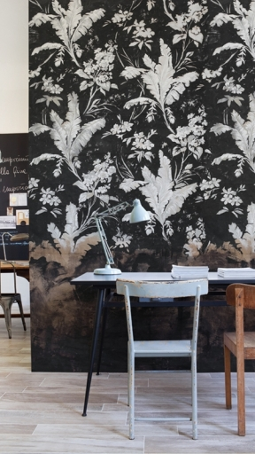 CAMP NOIRE by Wall and Deco