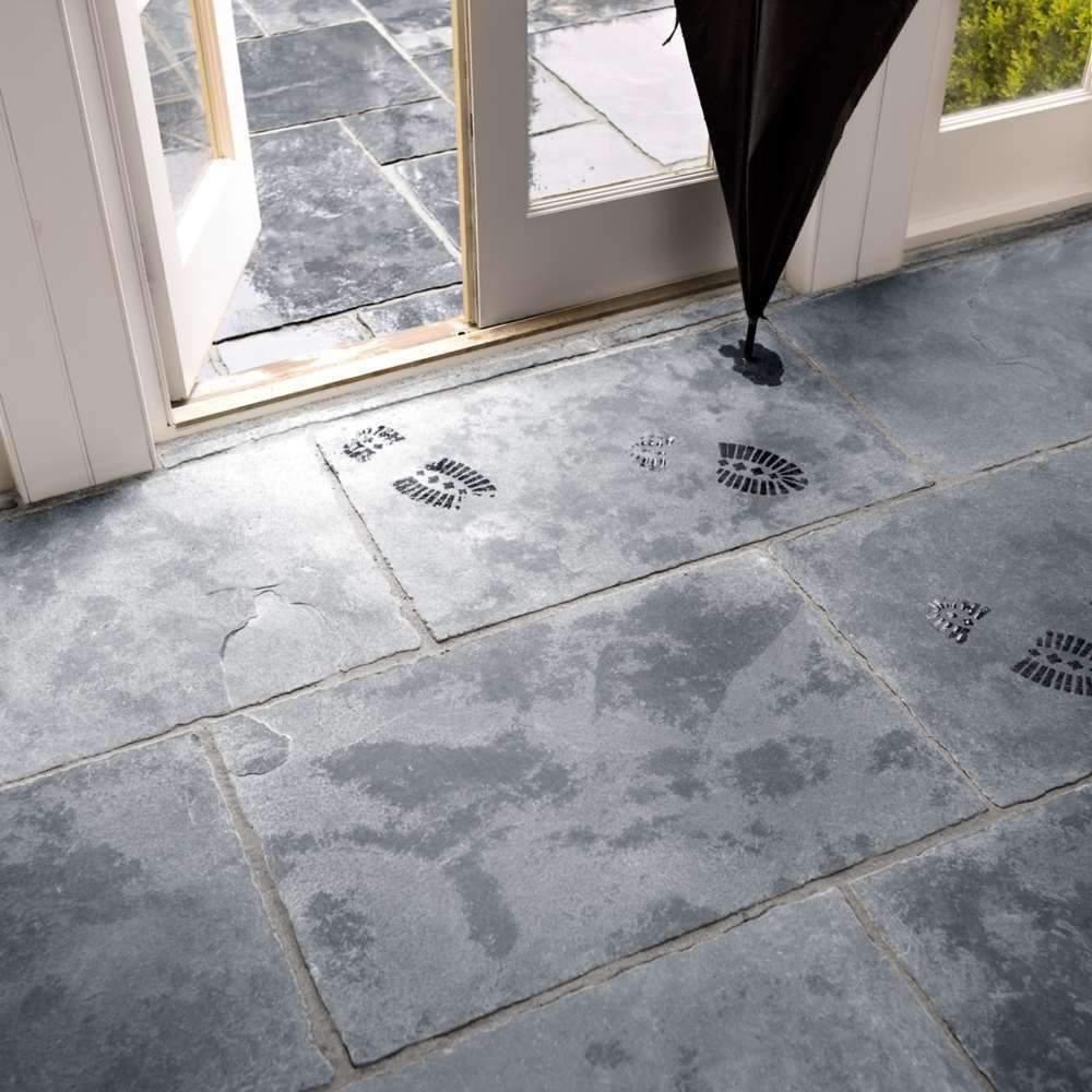 Black Flagstone Tiles